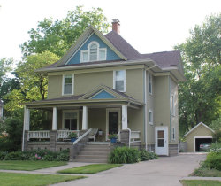 Photo of 1309 Main Street, Grinnell, IA 50112 (MLS # 5607138)