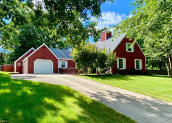 Photo of 1835 Country Club Drive, Grinnell, IA 50112-1129 (MLS # 5627617)