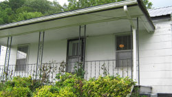 Photo of 1314 Kelly St, Rossville, GA 30741 (MLS # 1285873)