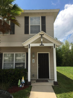 Photo of 1872 Lago-Del-Sur DR, MIDDLEBURG, FL 32068 (MLS # 1001307)
