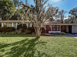 Photo of 7012 Waikiki RD, JACKSONVILLE, FL 32216 (MLS # 975324)