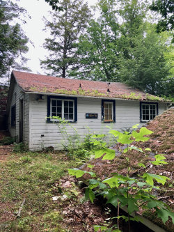 Photo of 228 Deerwood Park Dr, Great Barrington, MA 01230 (MLS # 229425)