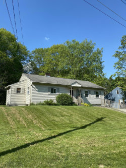Photo of 142 Allengate Ave, Pittsfield, MA 01201 (MLS # 230731)