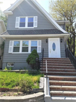 Photo of 91 Mountainside Terrace, Clifton, NJ 07013 (MLS # 1825332)