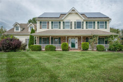 Photo of 4 Meadowview Drive, Lopatcong, NJ 08865 (MLS # 1904147)
