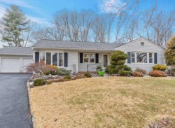 Photo of 327 Linda Drive, Mountainside, NJ 07092 (MLS # 1913912)