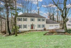 Photo of 39 Ridge Drive, Berkeley Heights, NJ 07922 (MLS # 1915134)