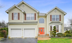 Photo of 10 Quaker Ridge Court, Monroe, NJ 08831 (MLS # 1919749)