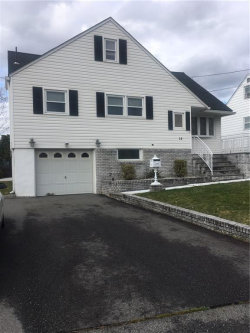 Photo of 19 Jonquil Circle Circle, Fords, NJ 08863 (MLS # 1920398)