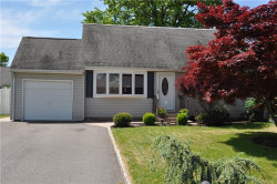 Photo of 20 Canterbury Lane, Colonia, NJ 07067 (MLS # 1923791)