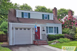 Photo of 77 Kempson Place, Metuchen, NJ 08840 (MLS # 2002893)
