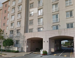 Photo of 100 SHEARWATER CT EAST, Unit 84, Jersey City, NJ 07305 (MLS # 170007810)