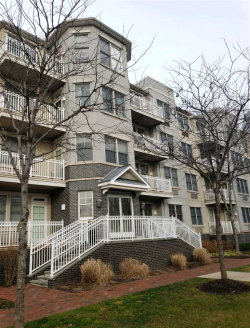 Photo of 4 CONSTELLATION PL, Unit 212, Jersey City, NJ 07305 (MLS # 190002381)