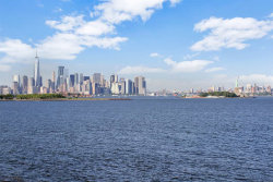 Photo of 103 SHEARWATER CT EAST, Unit TH, Jersey City, NJ 07305 (MLS # 190008169)