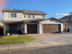 Photo of 283 W CANCUN DR, Imperial, CA 92251 (MLS # 19463906IC)